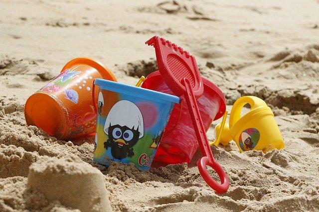hračky na písku