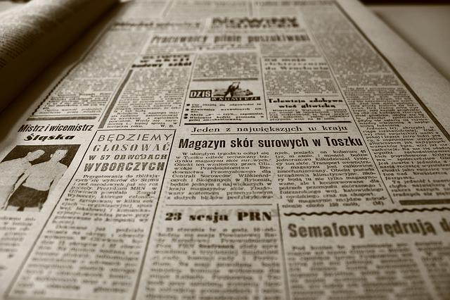 staré noviny pro dekoraci